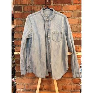 Gap chambray shirt